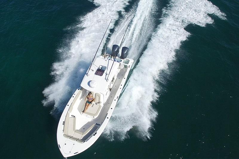 Sea Fox 32' Water Time Charter