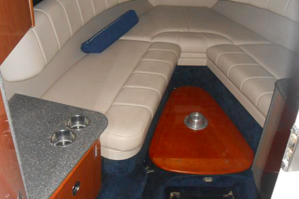 Formula 280 SS   Water Time Charter