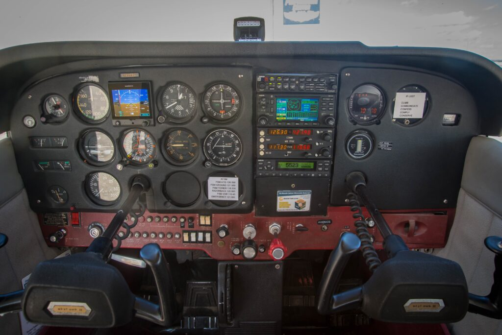N9869Q_Panel1
