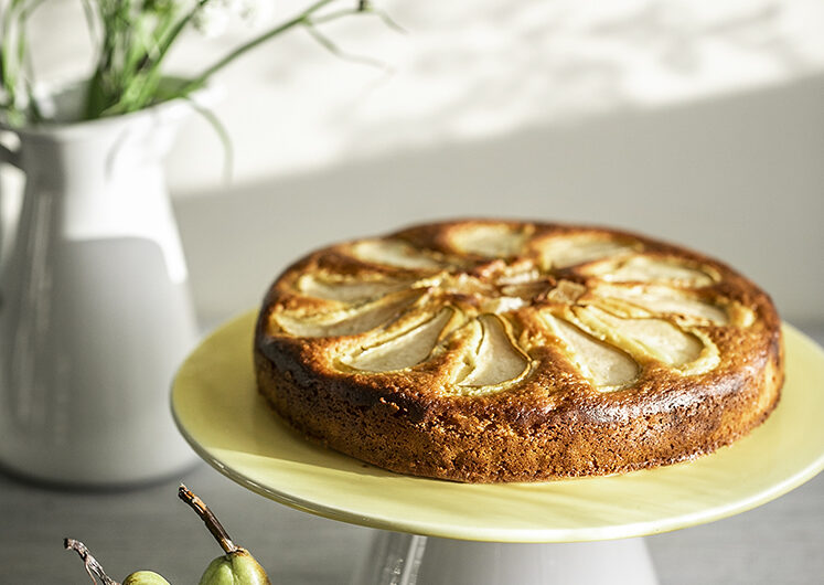 Super Rich and Moist Three Ginger and Pear Cake.