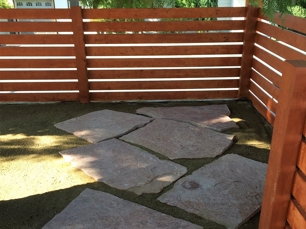 Ed's Landscaping Horizontal fence wood project