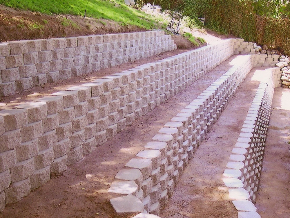 Ed's Landscaping Retaining Wall Project