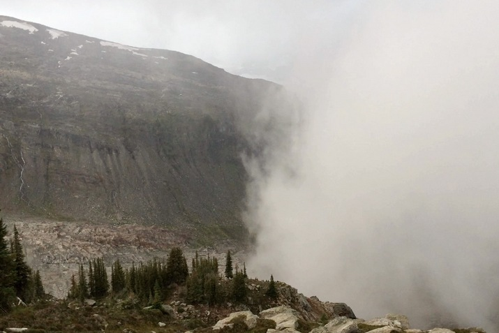 mountaineering4-715