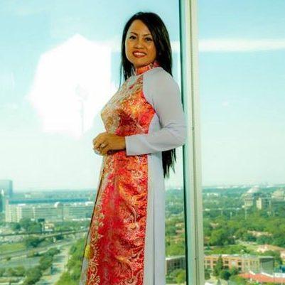 Former Honoree Quynh Chau Stone