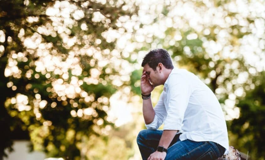 man kneeling - family law attorneys tampa