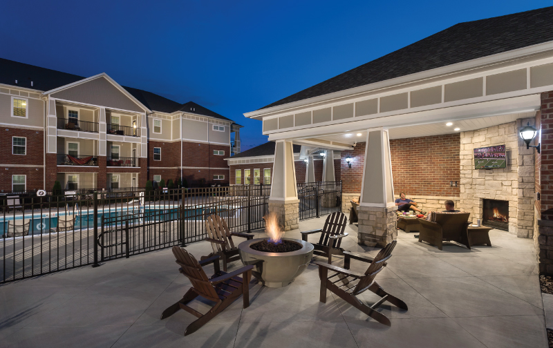 Olde Towne Apartments Exterior Pool and Firepit