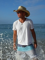 Kenny Chesney sets attendance record in Philly