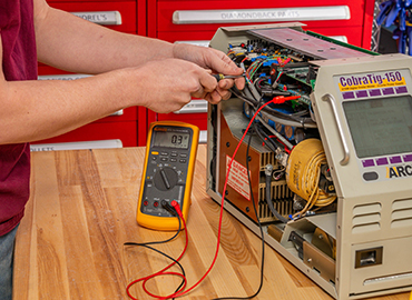 Image of a calibration tool working on a Cobra-Tig-150