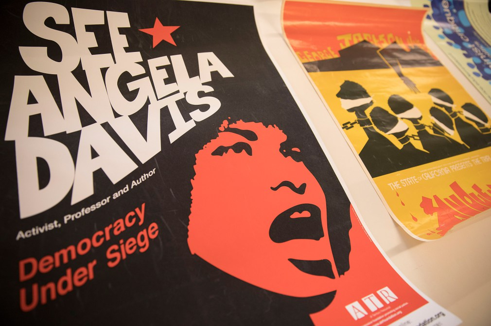 The Havard Gazette : Radcliffe acquires papers of activist Angela Davis