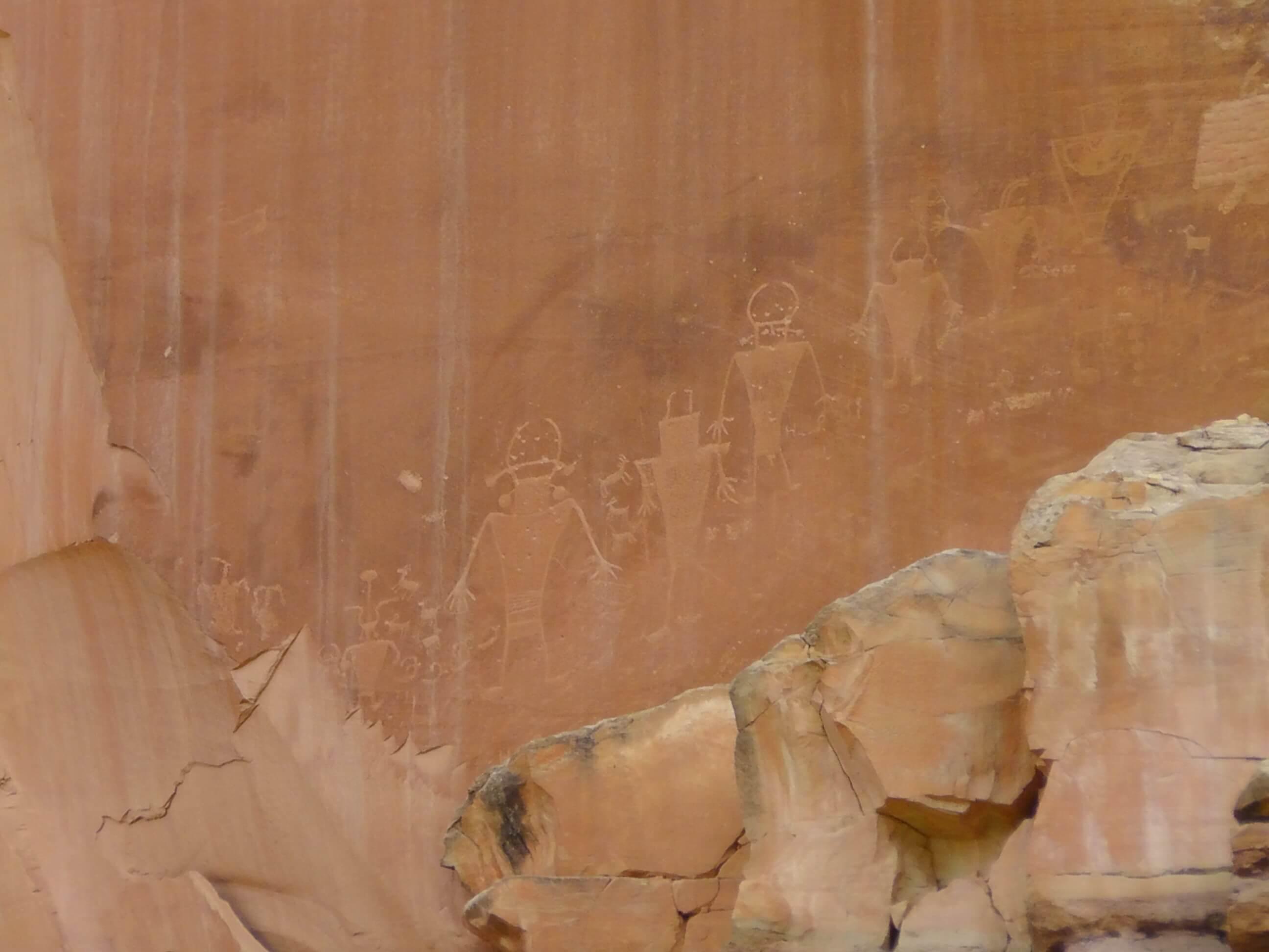 Petroglyphs off Hwy 24, Capitol Reef Nat. Park, Utah