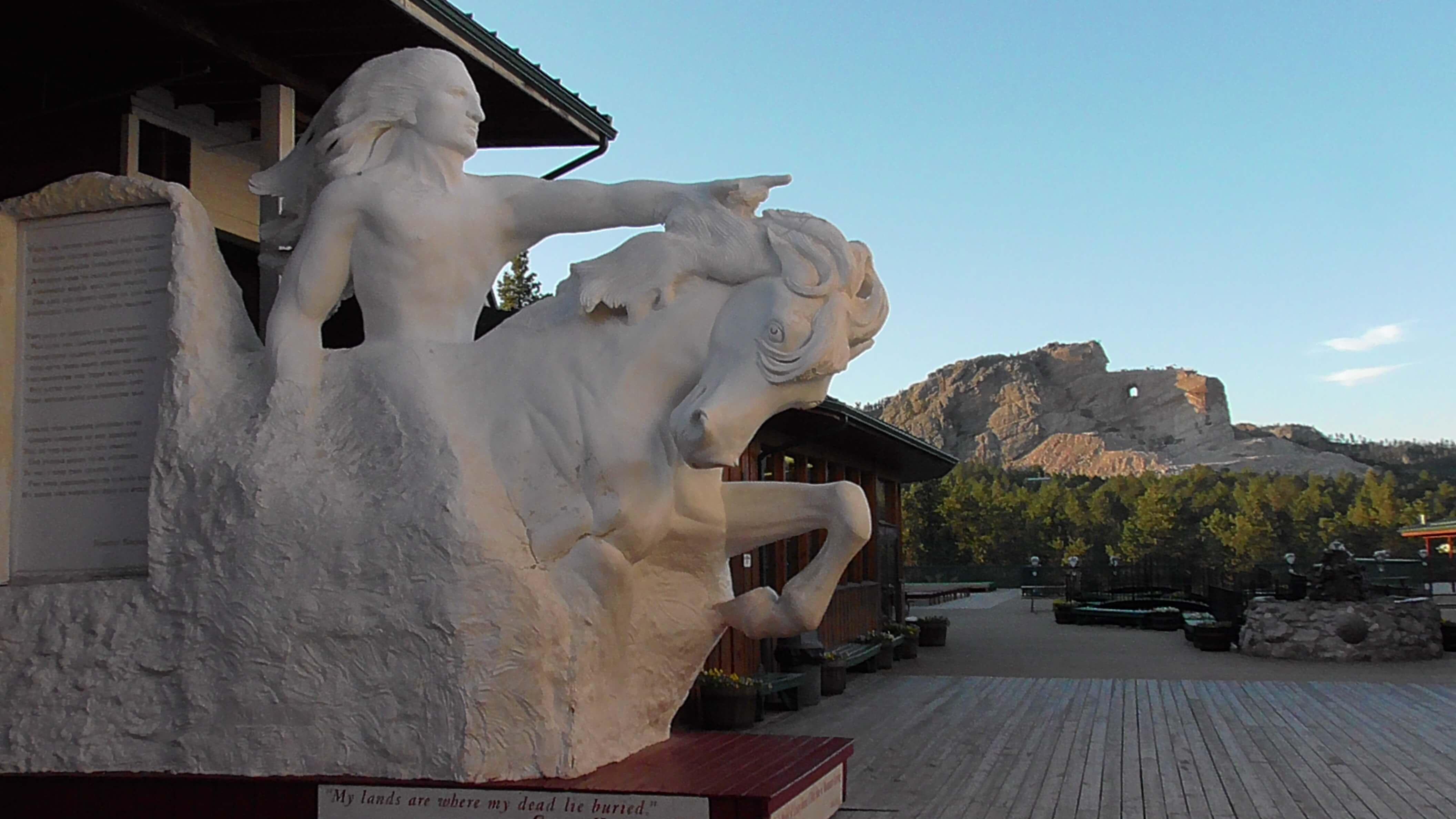 Crazy Horse Memorial and model