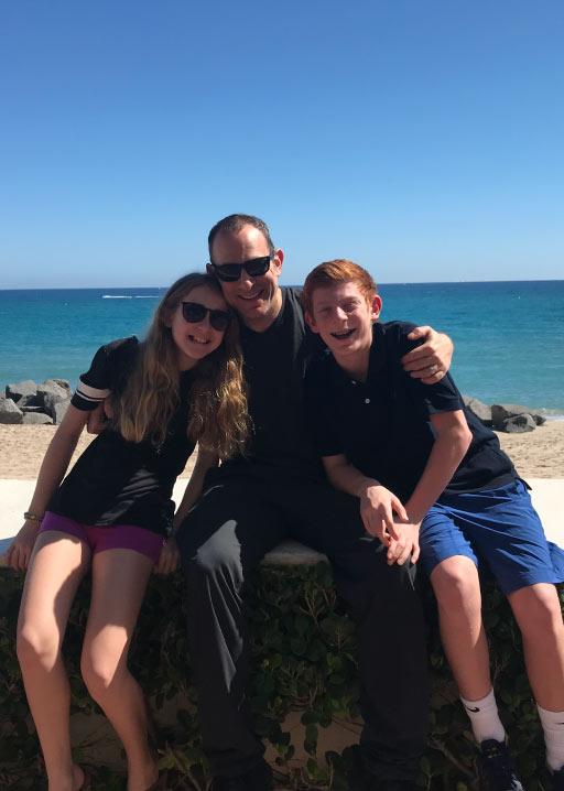 Jon Dwoskin with Family at beach