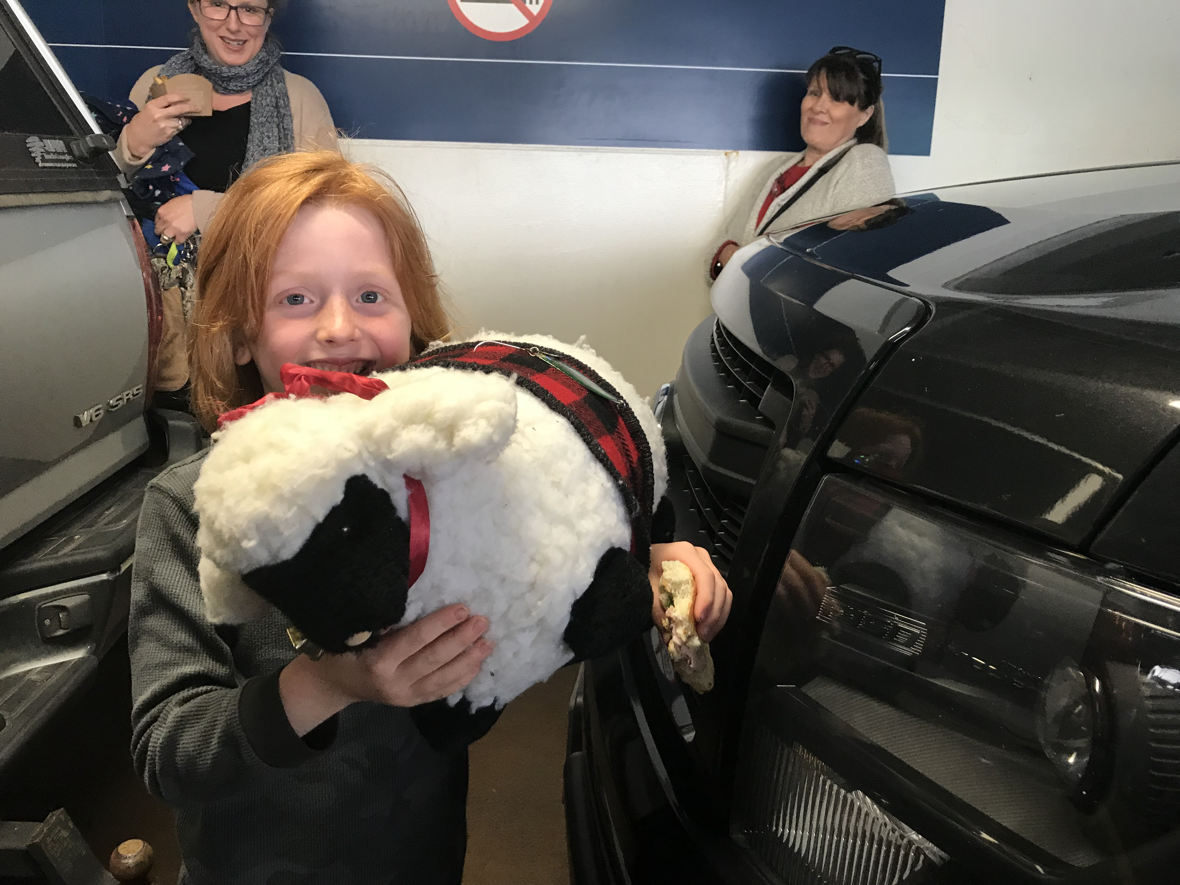 Read more about the article Shally meets a new friend