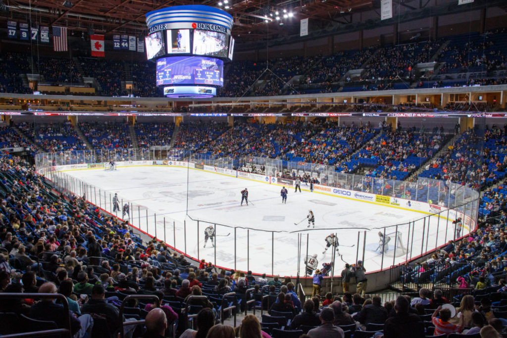 The Tulsa Oilers take on the Quad City Mallards at the BOK Center February 12, 2016 in Tulsa, Oklahoma. Photo / Kevin Pyle