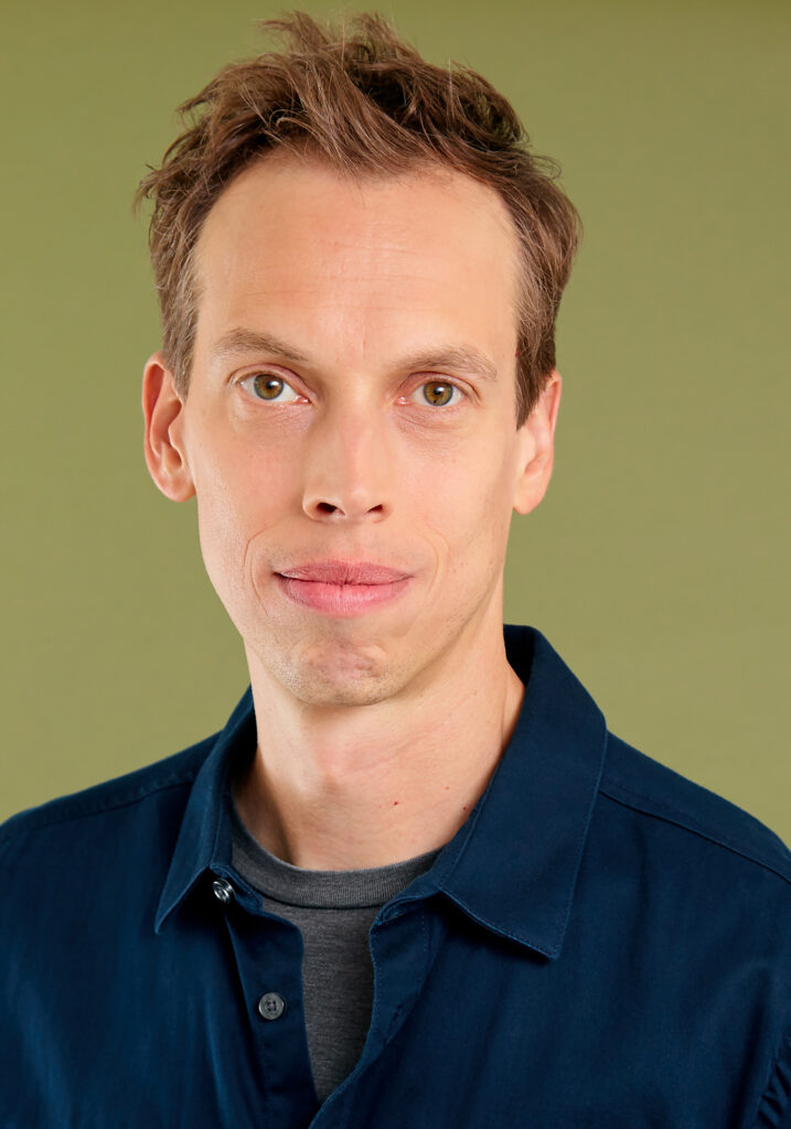 Kevin Keppy Headshot – Actor, Creature Performer