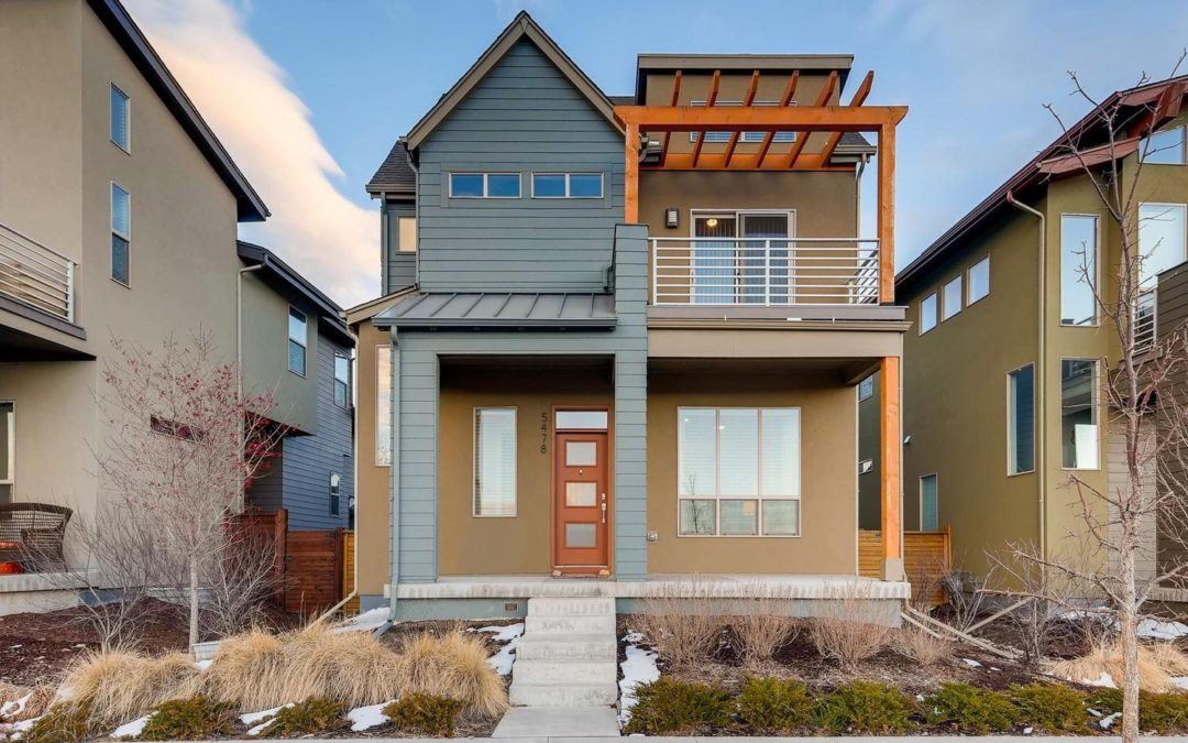 Sold! Exquisite Stapleton home with contemporary architecture!