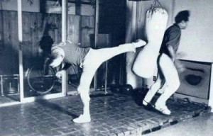 bruce lee side kick 3