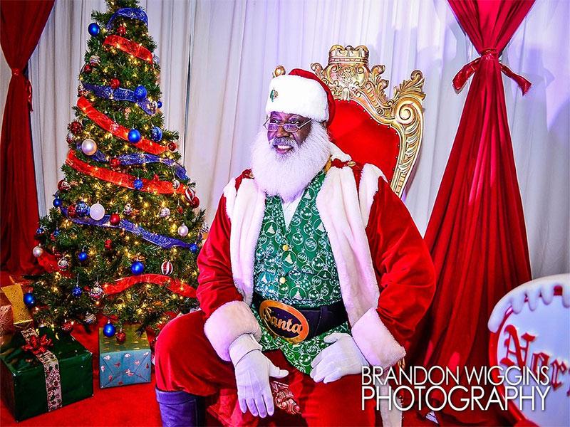 Santa Christmas Theme Decor