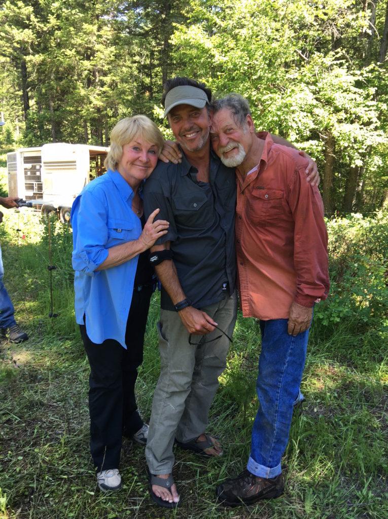 Dough and Lynn Seus with Perry Sasnett