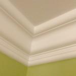 """Crown Moulding 6"""" Inside Corner"""