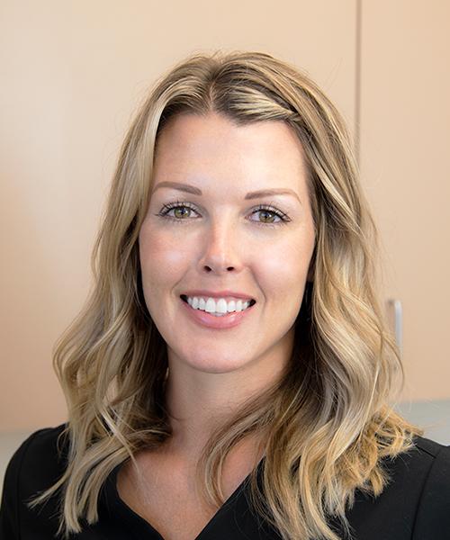 Kelli Kania, RN Aesthetic Nurse Specialist
