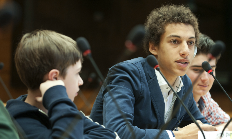 Youth2030: UN launches a new strategy for young people 'to lead'