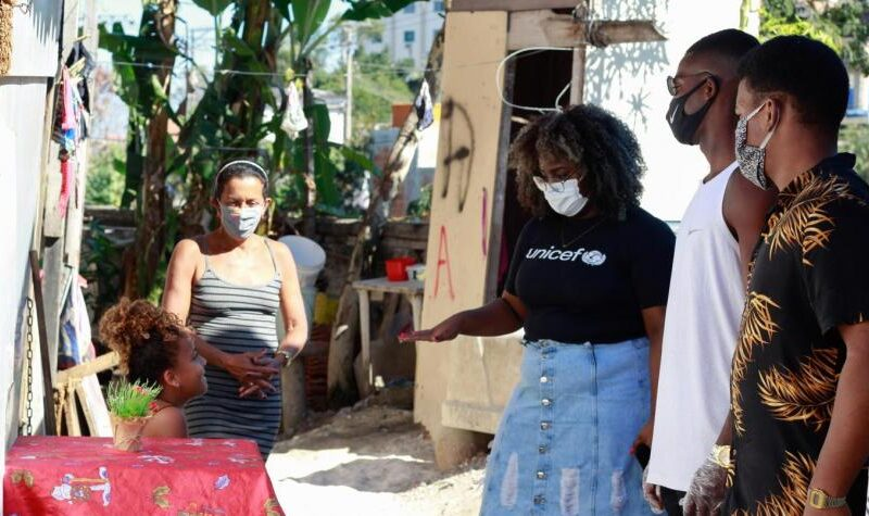 Youths become the voice of favelas with UNICEF project