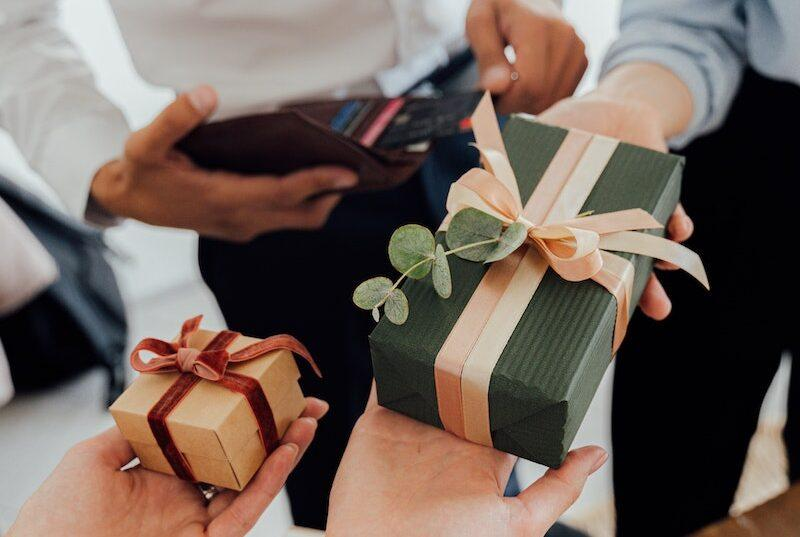 Business Gift-giving