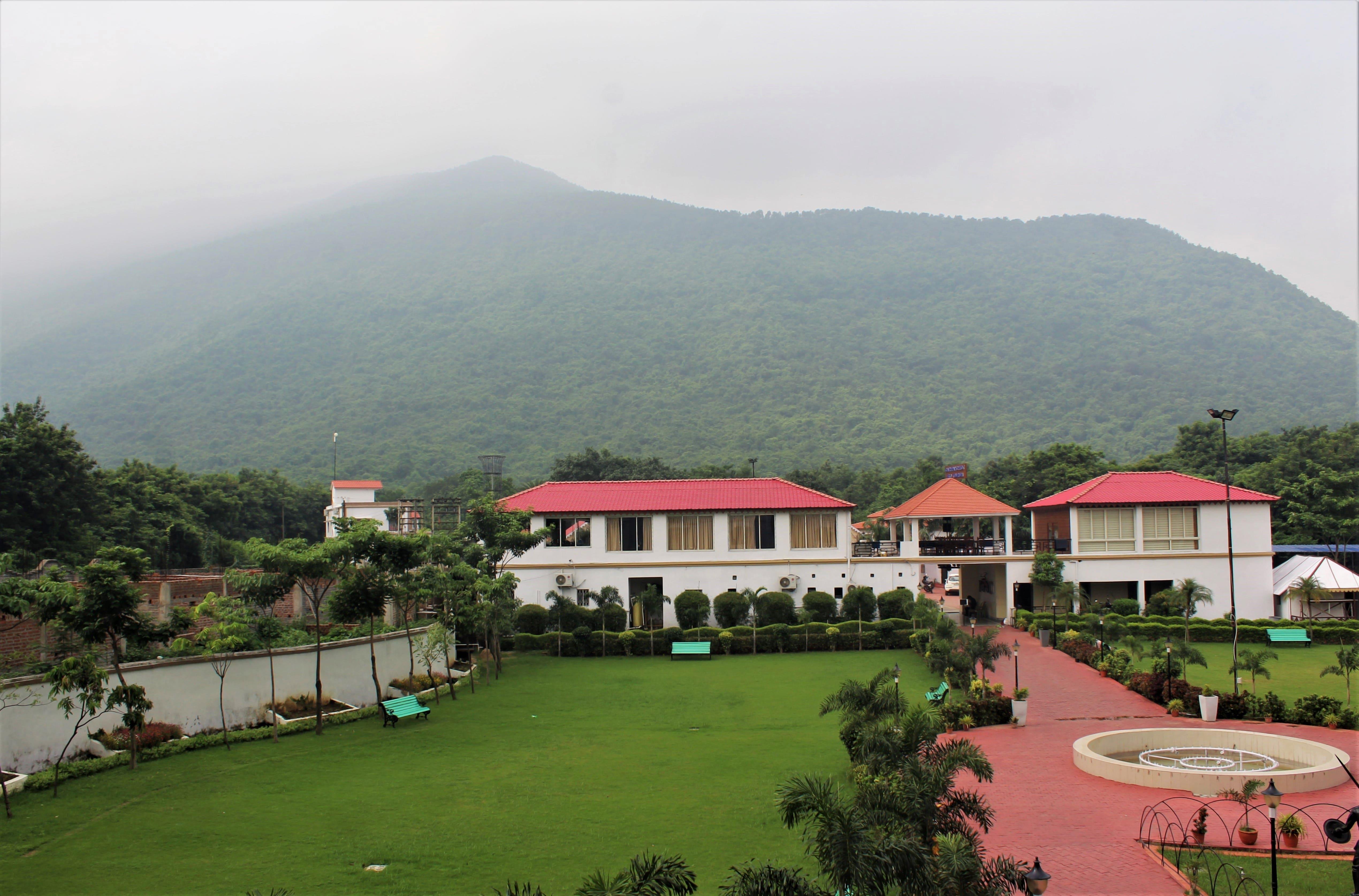 Garh Panchkot Eco Resort