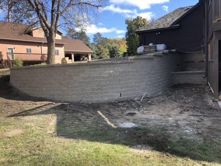 Multi tier block retaining wall