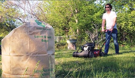 Resolve to Keep Leaves, Grass Out of Landfill