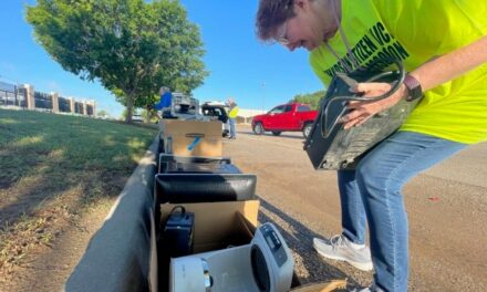 Annual Trash Bash Held In Richardson