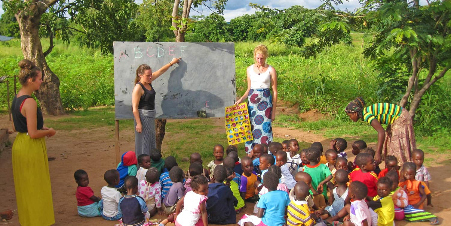Volunteer in Malawi Africa