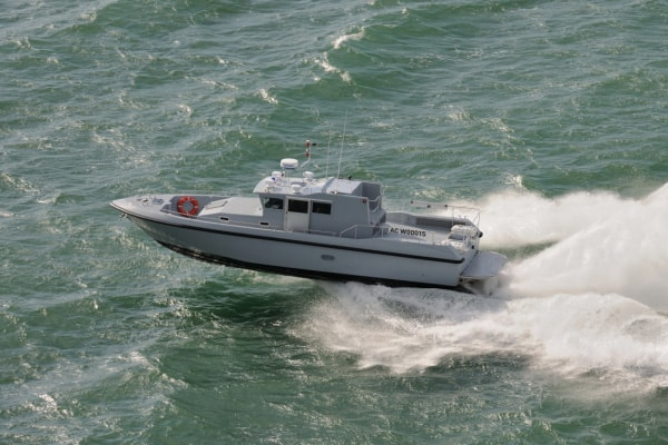 "COUACH ""PLASCOA 1300"" PATROL BOAT"