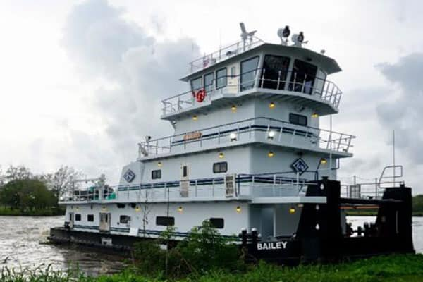 Main Iron completes first in trio of new Kirby towboats