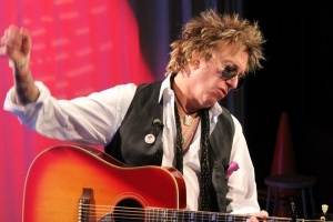 "Ricky Byrd has been on ""Clean And Sober""!"