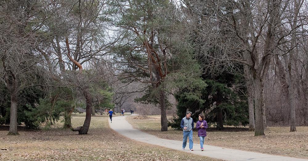 Oak Leaf Trail in Hoyt Park