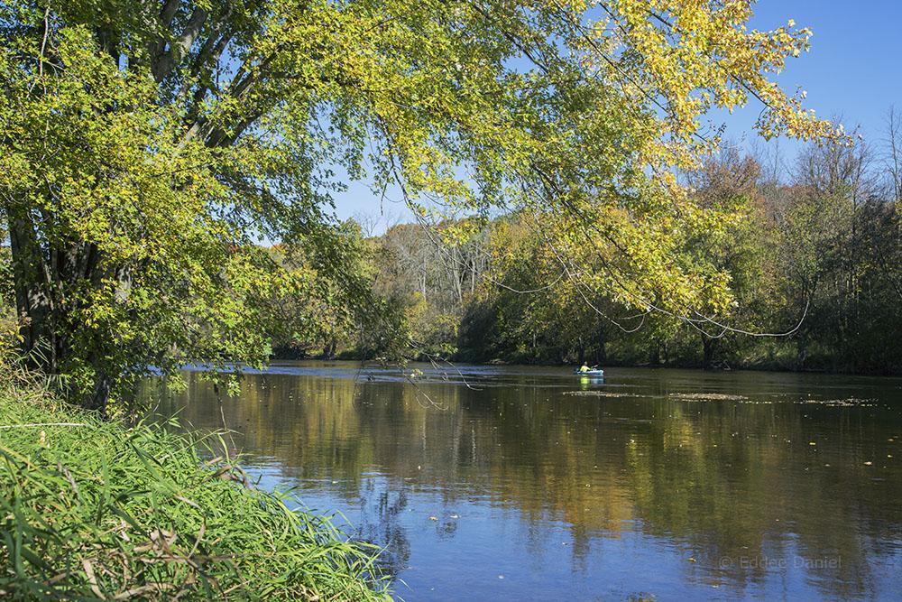 Lone kayak on the Milwaukee River