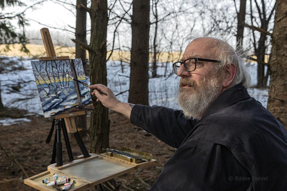 Tom Smith painting en plein air at Spirit Lake Preserve.