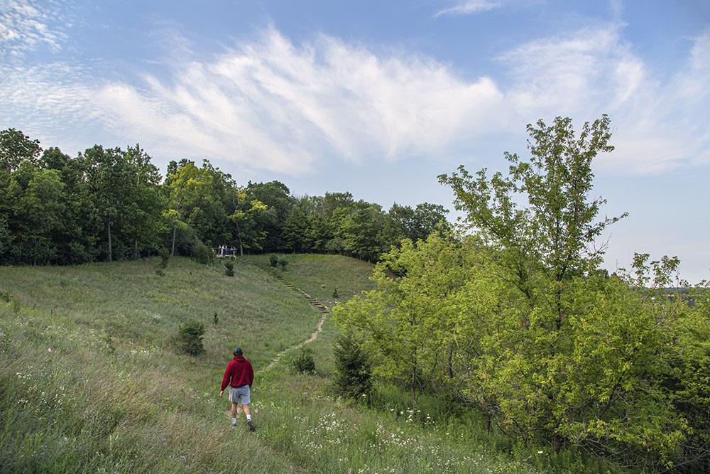 Hillside trail leading to the Hunt Eldridge Memorial Observation Deck.