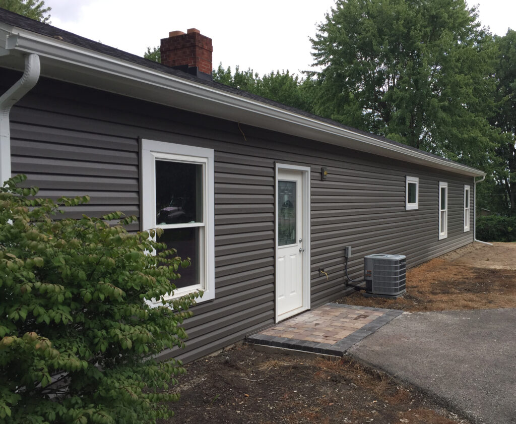 Square Line Construction Exterior Roofing Siding Windows Doors