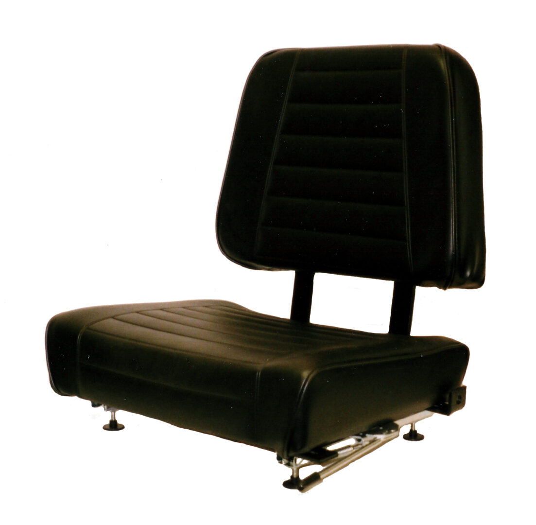DLX - Deluxe Seat Straight Back