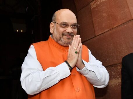 Home Minister Amit Shah holds late night Meeting with Police Chief after Violence in Delhi kills 5