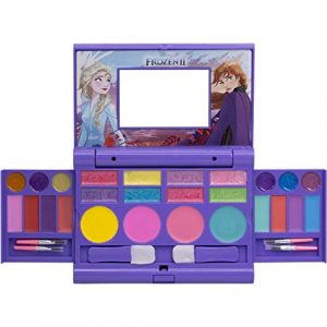 townley-girl-frozen-2-cosmetic-compact-set-with-mirror-22-lip-glosses-4-body-300x300 BADSPACE