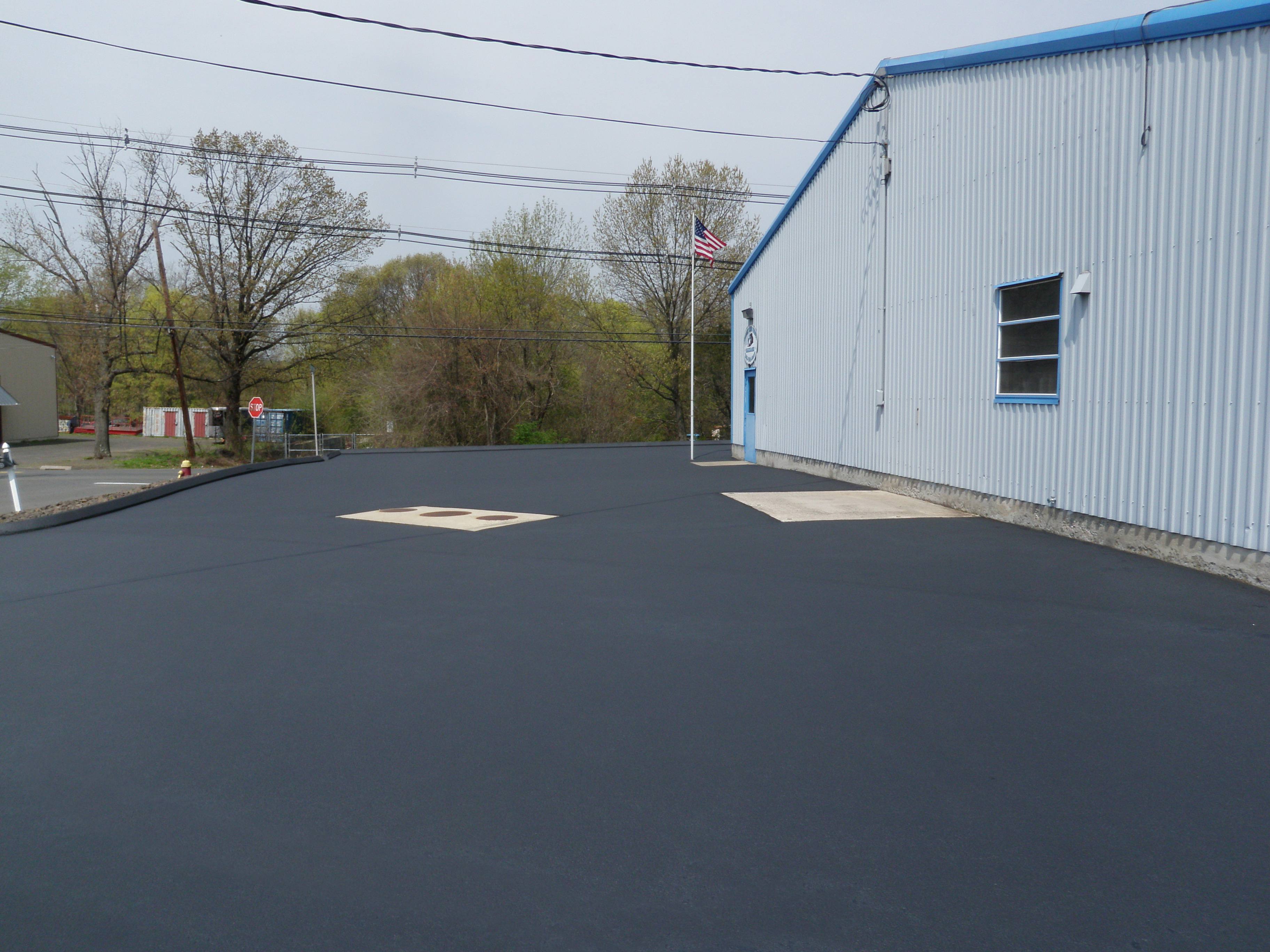 Finished Driveway Sealing Project 11