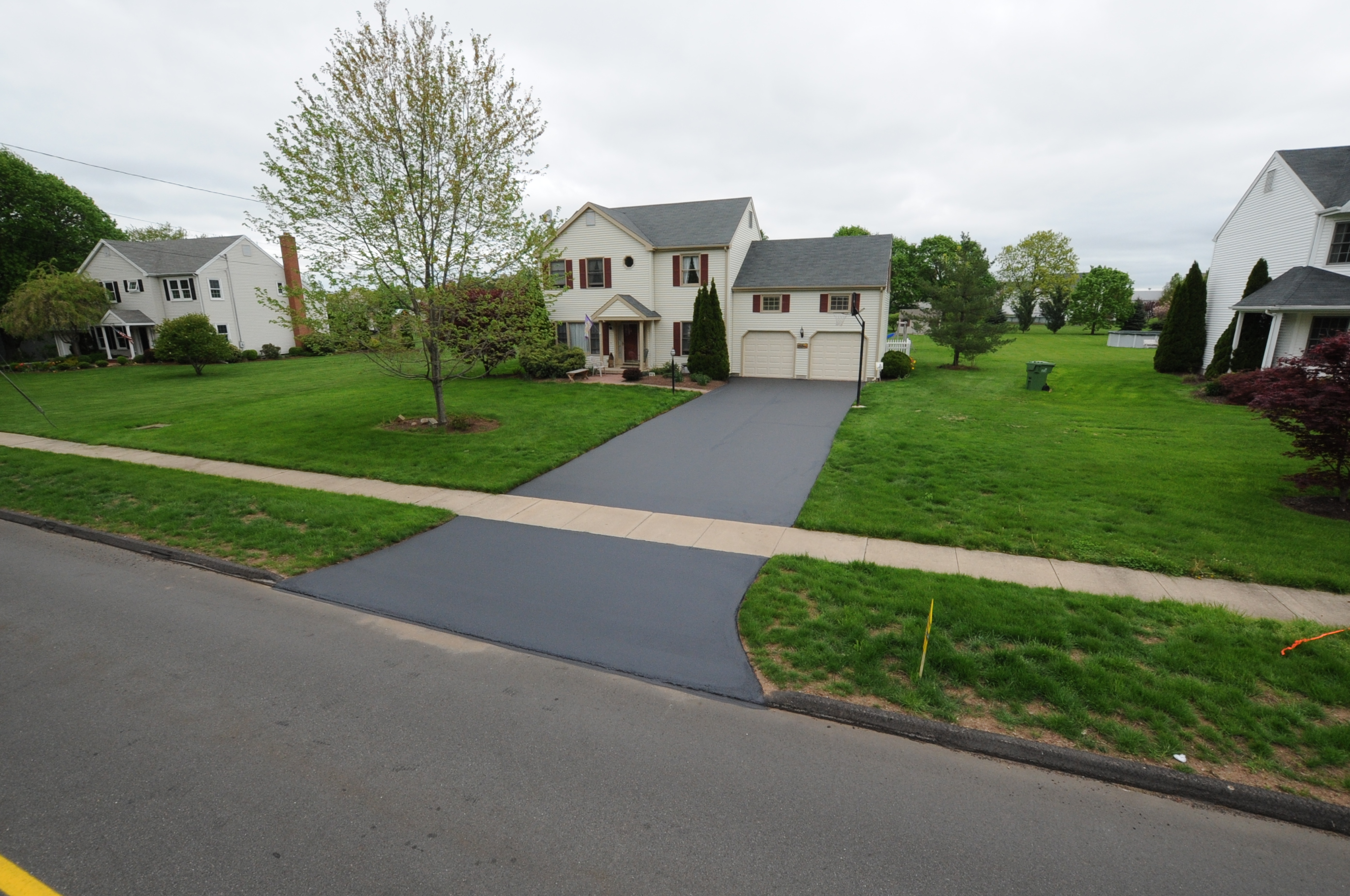 Finished Driveway Sealing Project 12