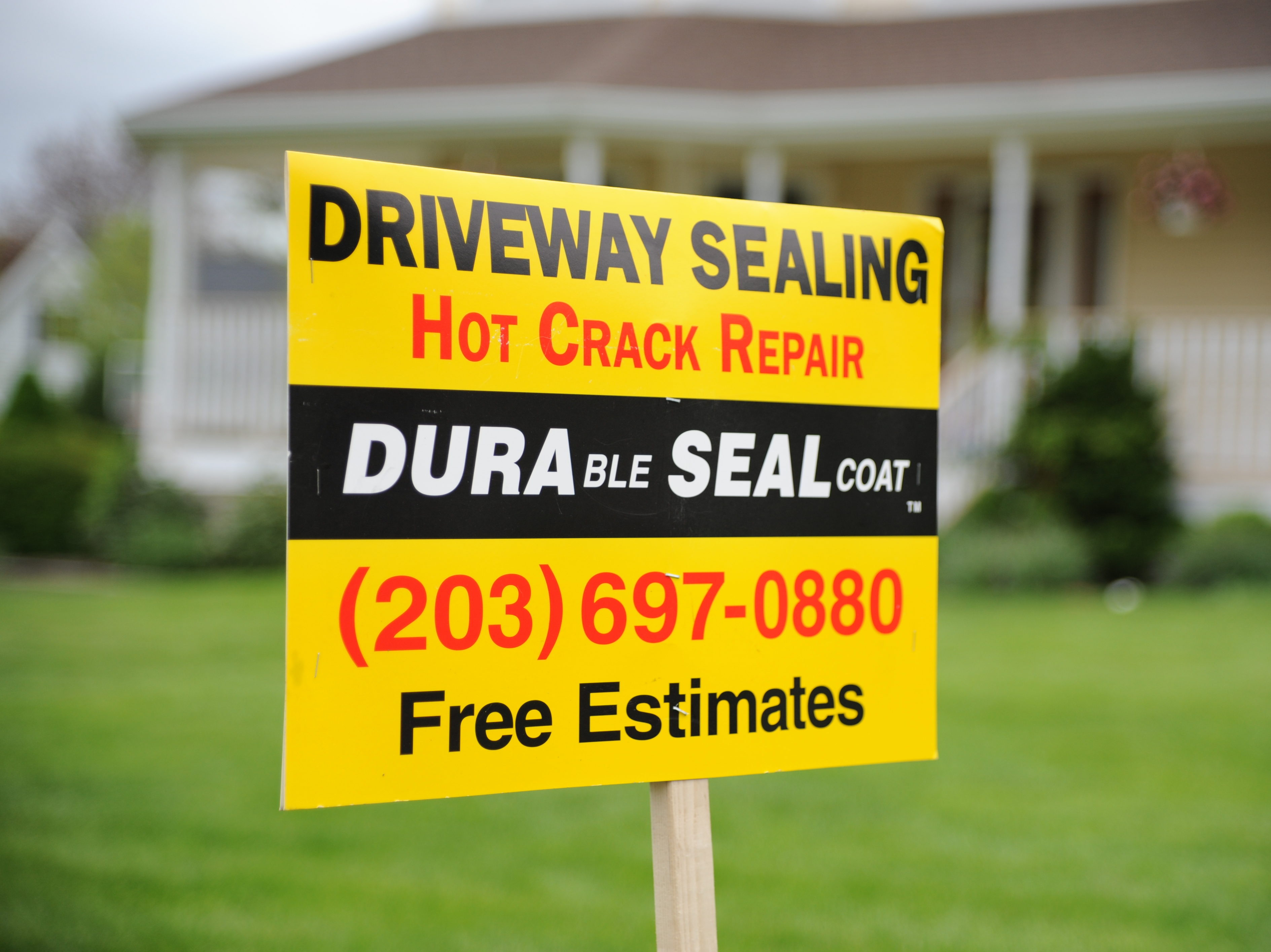 Driveway Sealing Sign for Front Yard