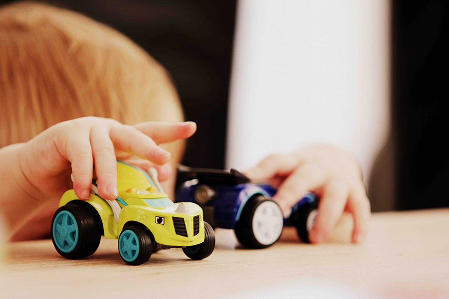 Five Tips on Keeping Kids Safe in Vehicles