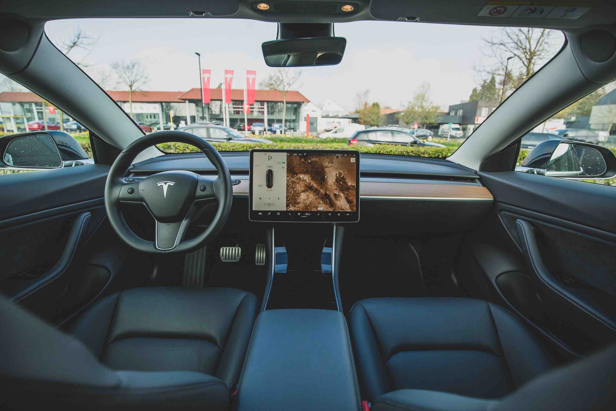 Autonomous Vehicle Technology Unlikely to Prevent All Car Crashes