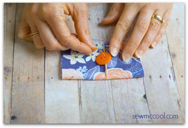 Mondadientes para coser botones a mano